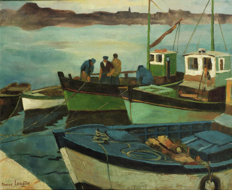 Fishing boats with fishermen