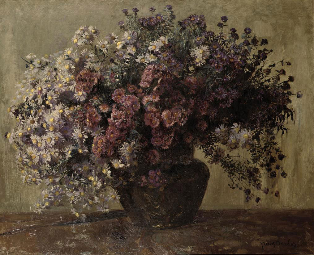 Autumn asters in a vase