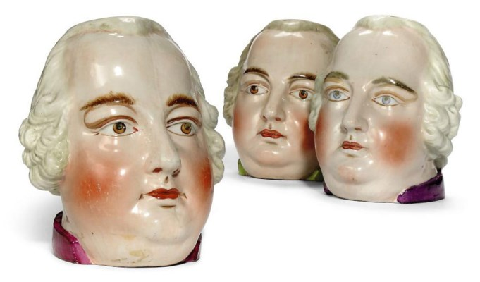 THREE GERMAN PORCELAIN PIPES E