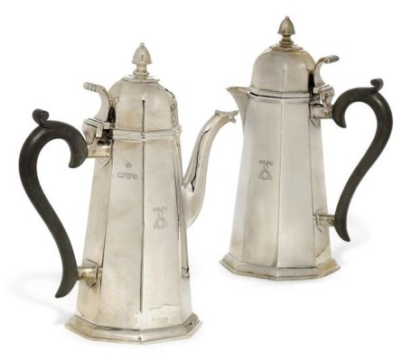 A PAIR OF OCTAGONAL SILVER CAF