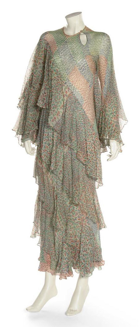 A MAXI DRESS OF PRINTED SILK CHIFFON