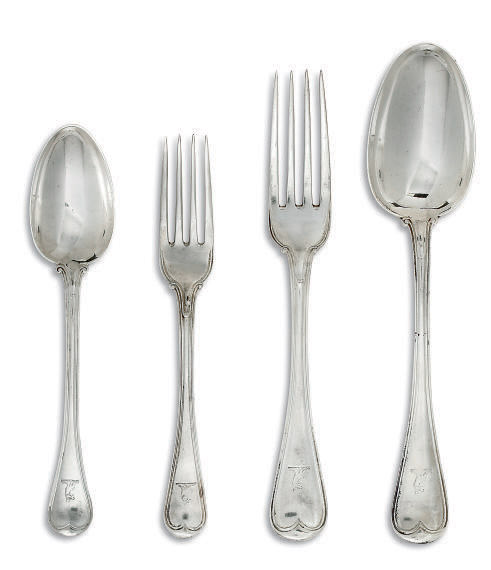 A VICTORIAN SILVER PART-TABLE SERVICE OF MILITARY THREAD PATTERN FLATWARE