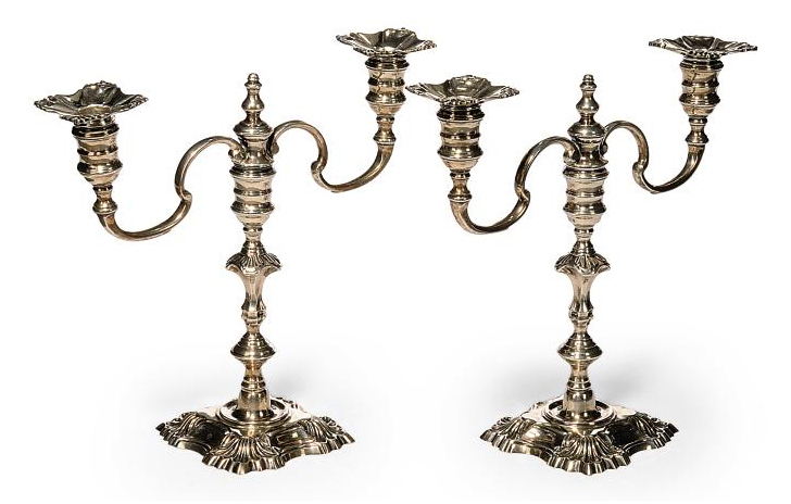 A SMALL PAIR OF MODERN SILVER TWIN BRANCH CANDELABRA IN THE MID-18TH CENTURY STYLE