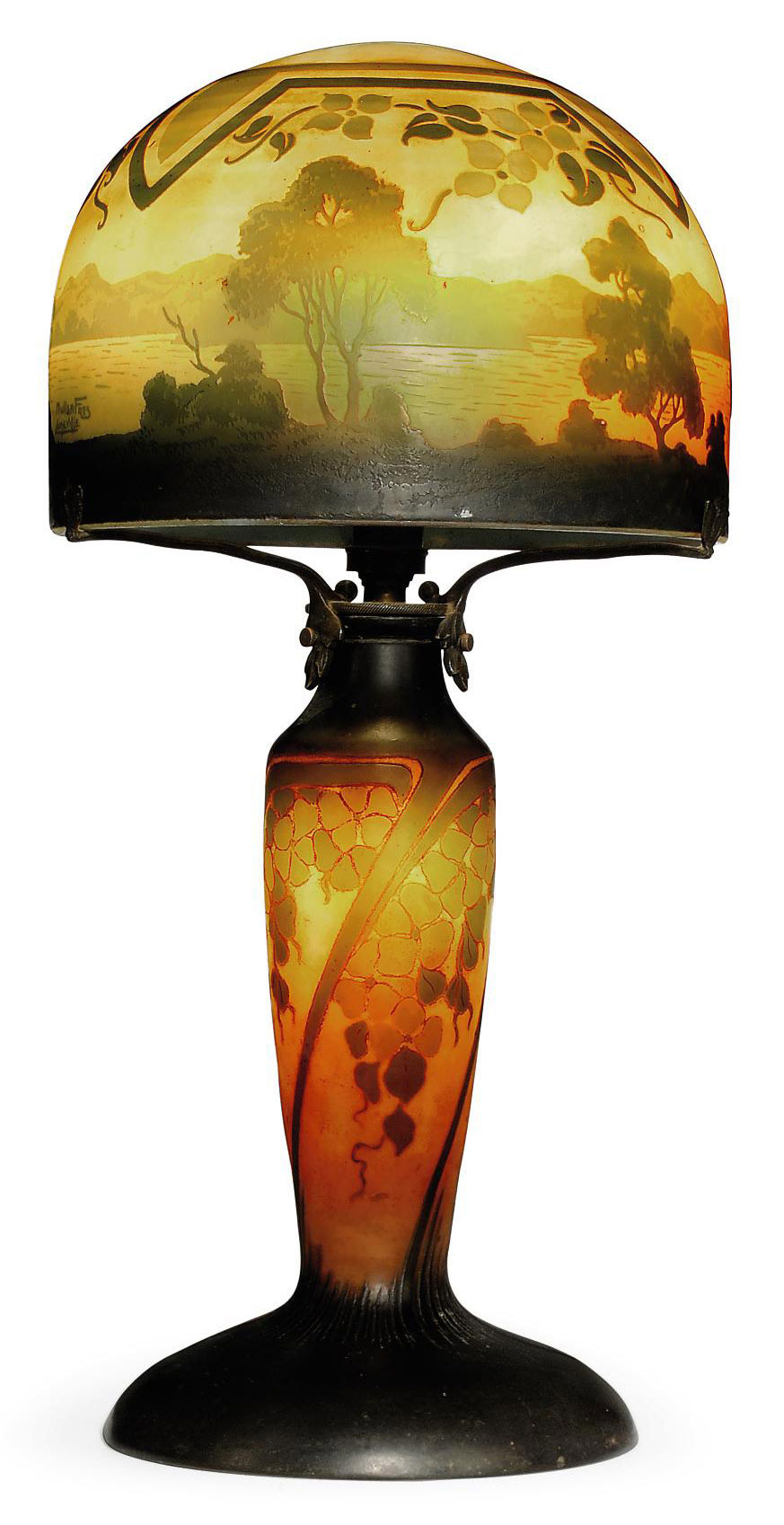 A MULLER FRERES CAMEO GLASS LANDSCAPE TABLE LAMP