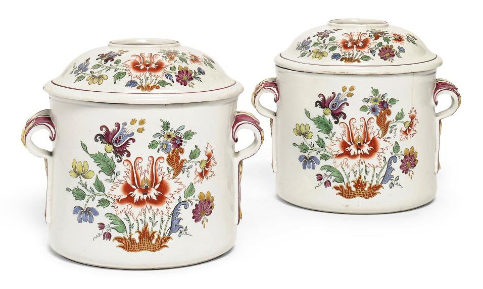 A PAIR OF DOCCIA PORCELAIN TULIPANO TWO-HANDLED BOTTLE-COOLERS AND COVERS