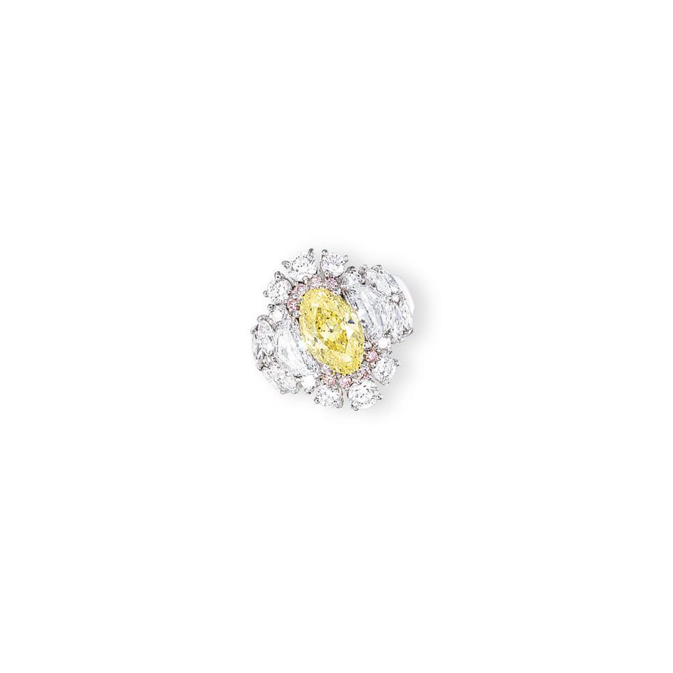 A COLOURED DIAMOND AND DIAMOND RING, BY MITSUO KAJI