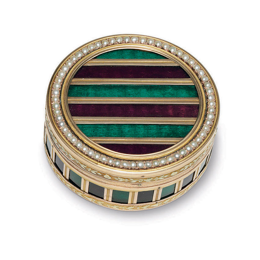 A FRENCH TWO-COLOR GOLD AND ENAMEL BONBONNIERE