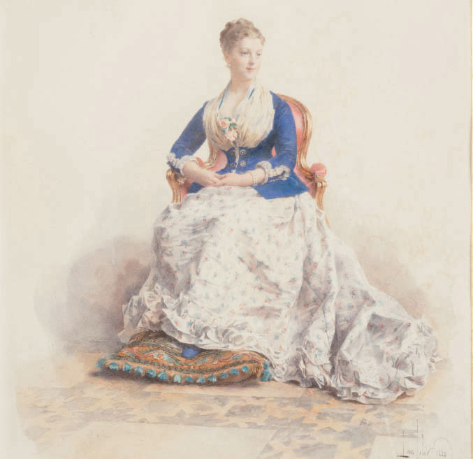 Portrait de dame assise, les pieds sur un coussin