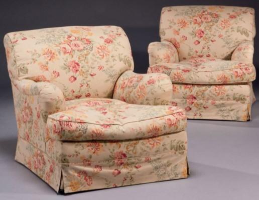 paire de fauteuils confortables modernes xxeme siecle christie 39 s. Black Bedroom Furniture Sets. Home Design Ideas