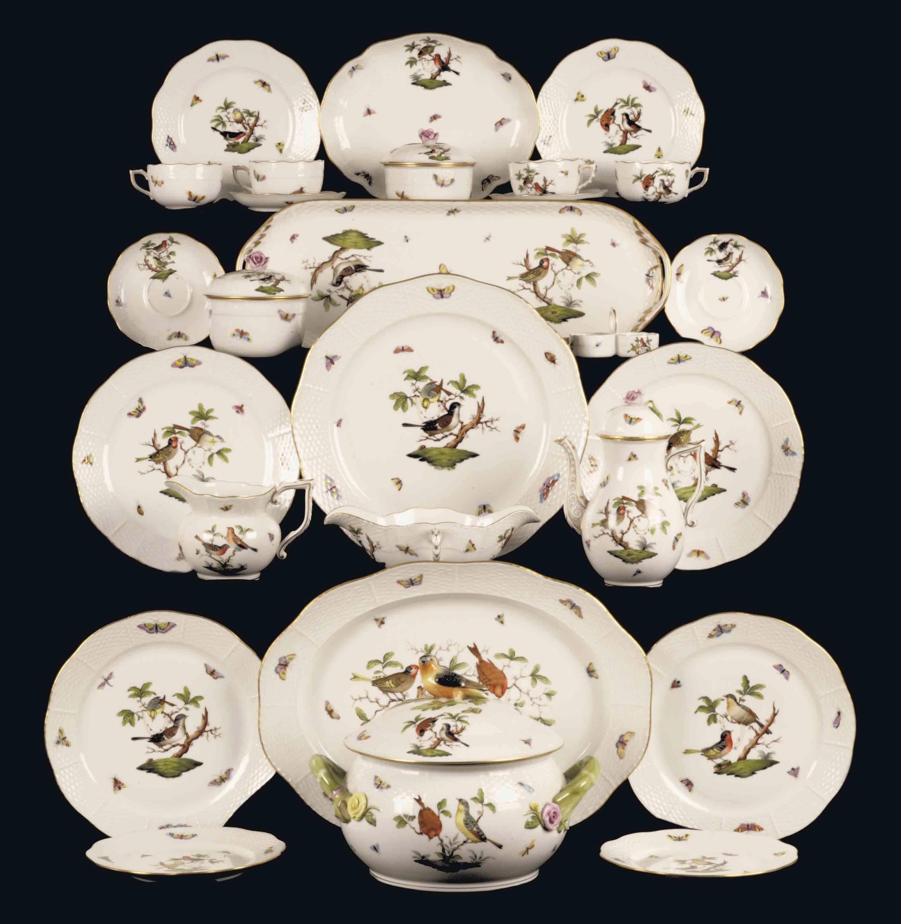 A Herend 'Rothschild bird' dinner service