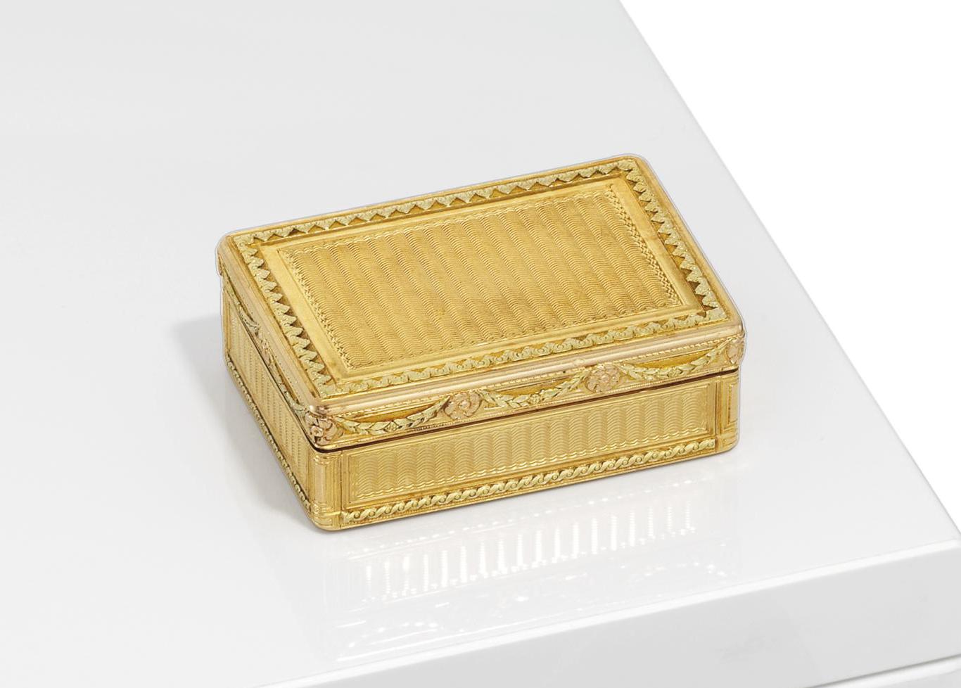 A LOUIS XVI VARI-COLOUR GOLD BOITE-A-FARD