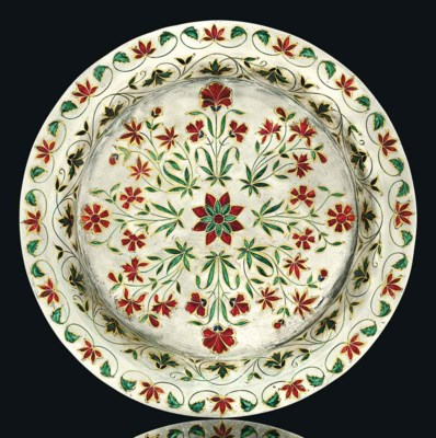 A MUGHAL ENAMELLED AND GOLD IN