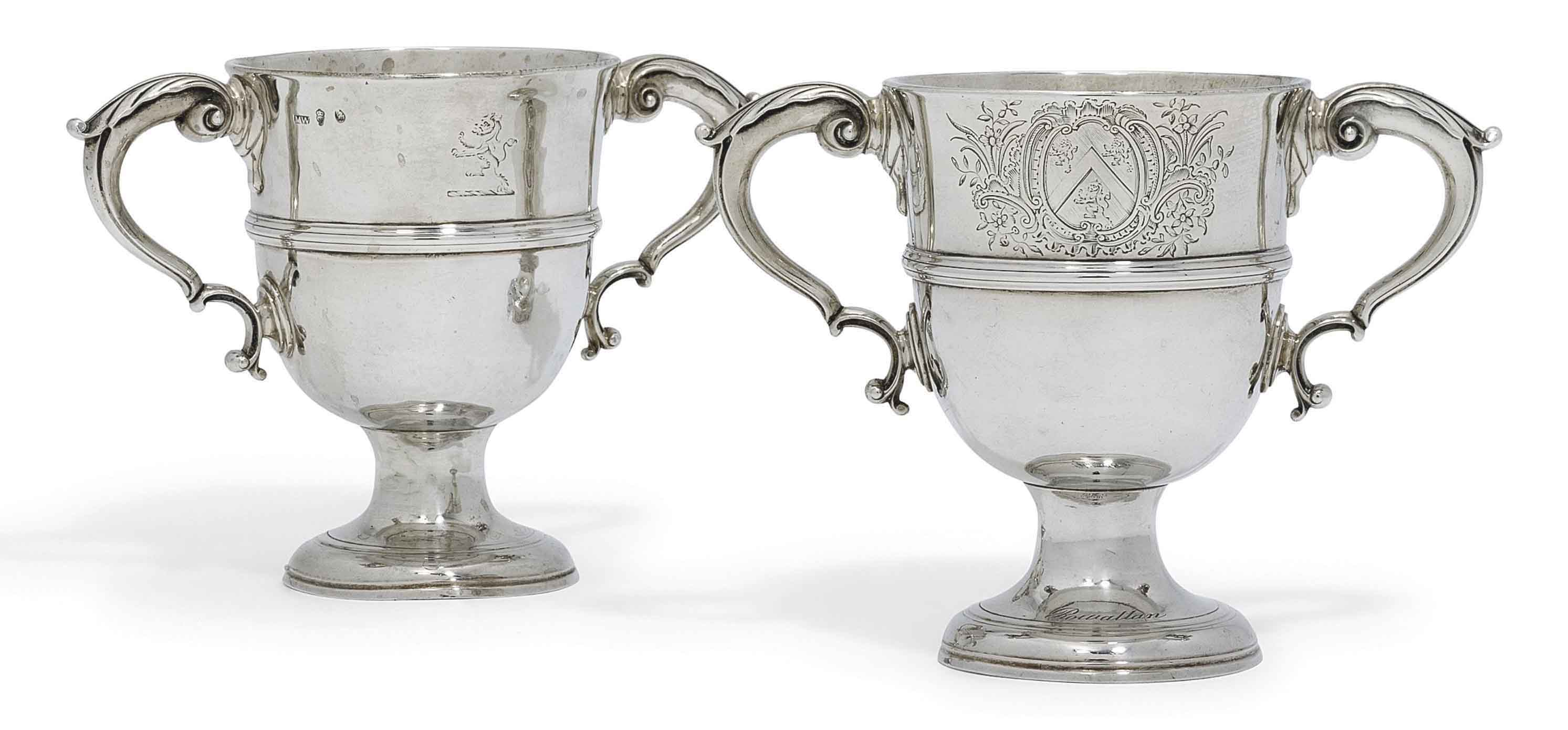 A PAIR OF GEORGE III IRISH SILVER CUPS