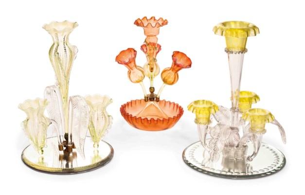 THREE GLASS FLOWER-EPERGNES