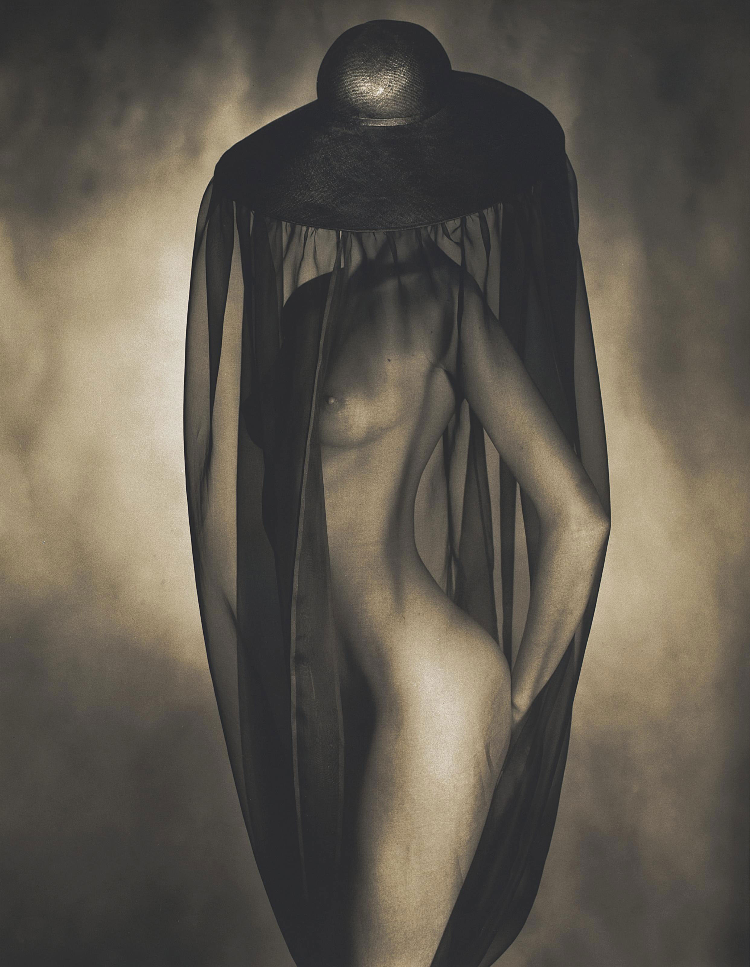 Nude with veiled hat, 1980