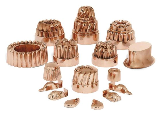 SIXTEEN VICTORIAN COPPER JELLY