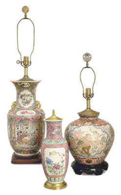 A GROUP OF SIX PORCELAIN VASES