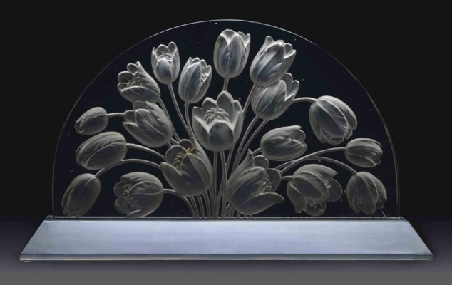 rene lalique 1860 1945 39 tulipes 39 a molded glass. Black Bedroom Furniture Sets. Home Design Ideas