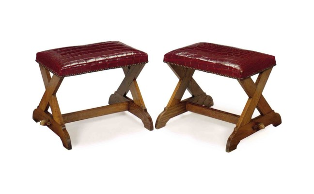 A PAIR OF FRENCH OAK AND CROCO