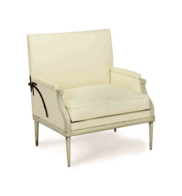 A FRENCH GREY-PAINTED FAUTEUIL
