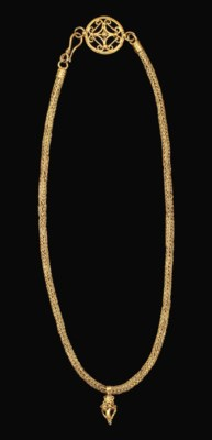 A ROMAN GOLD NECKLACE