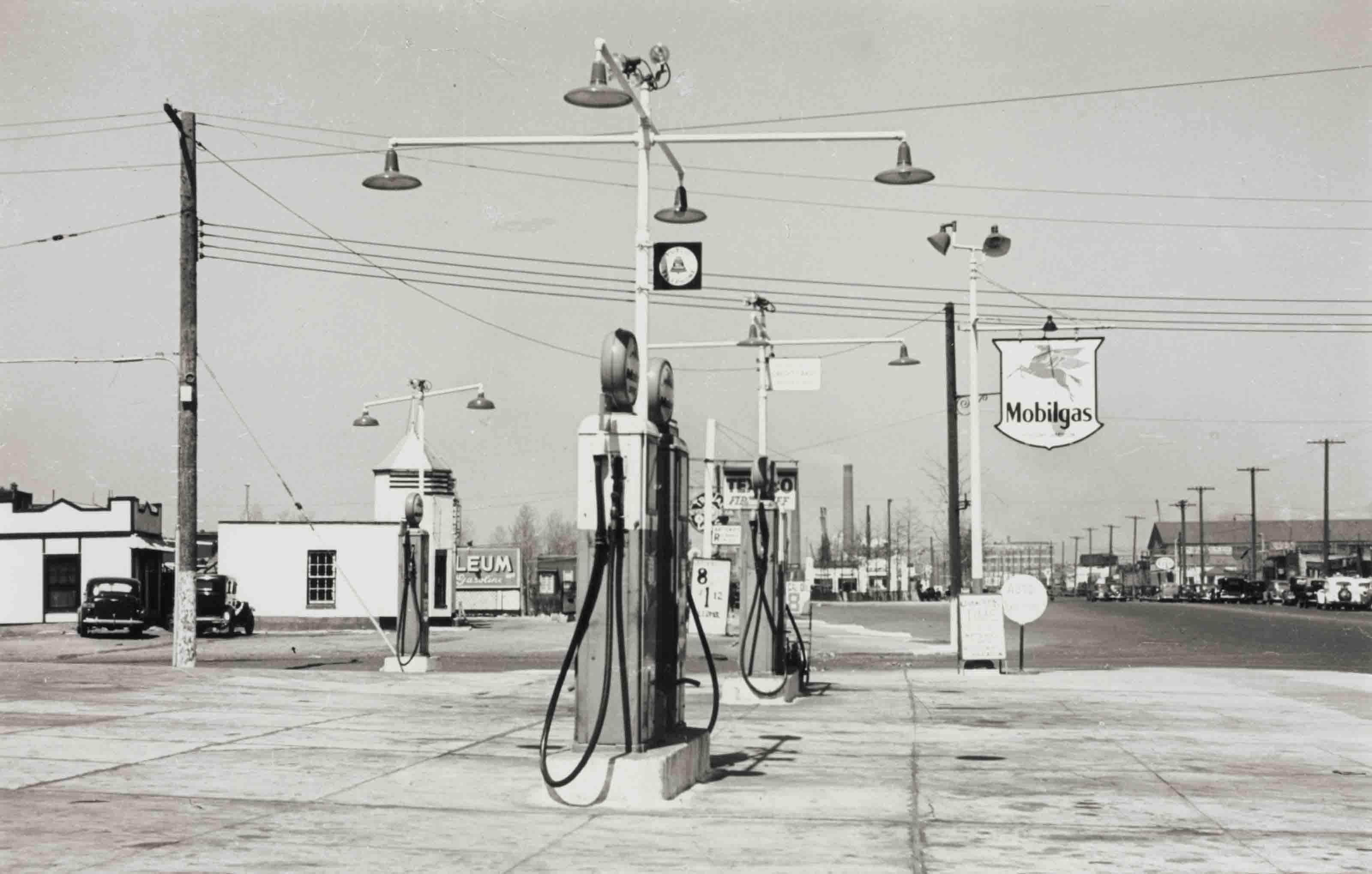 Mobilgas, Astoria, Queens, 1940