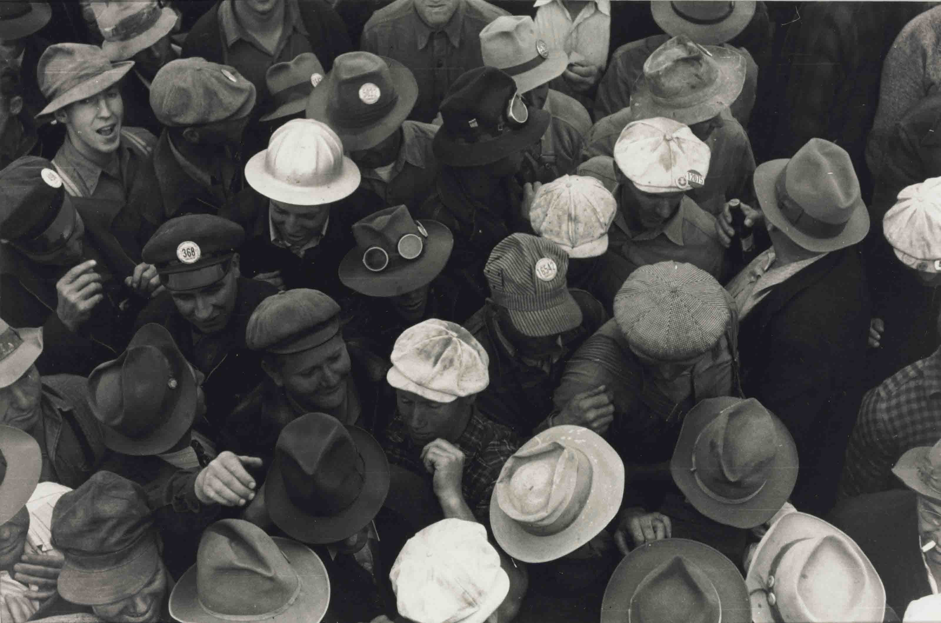 Workmen, Hermiston, Oregon, September, 1941