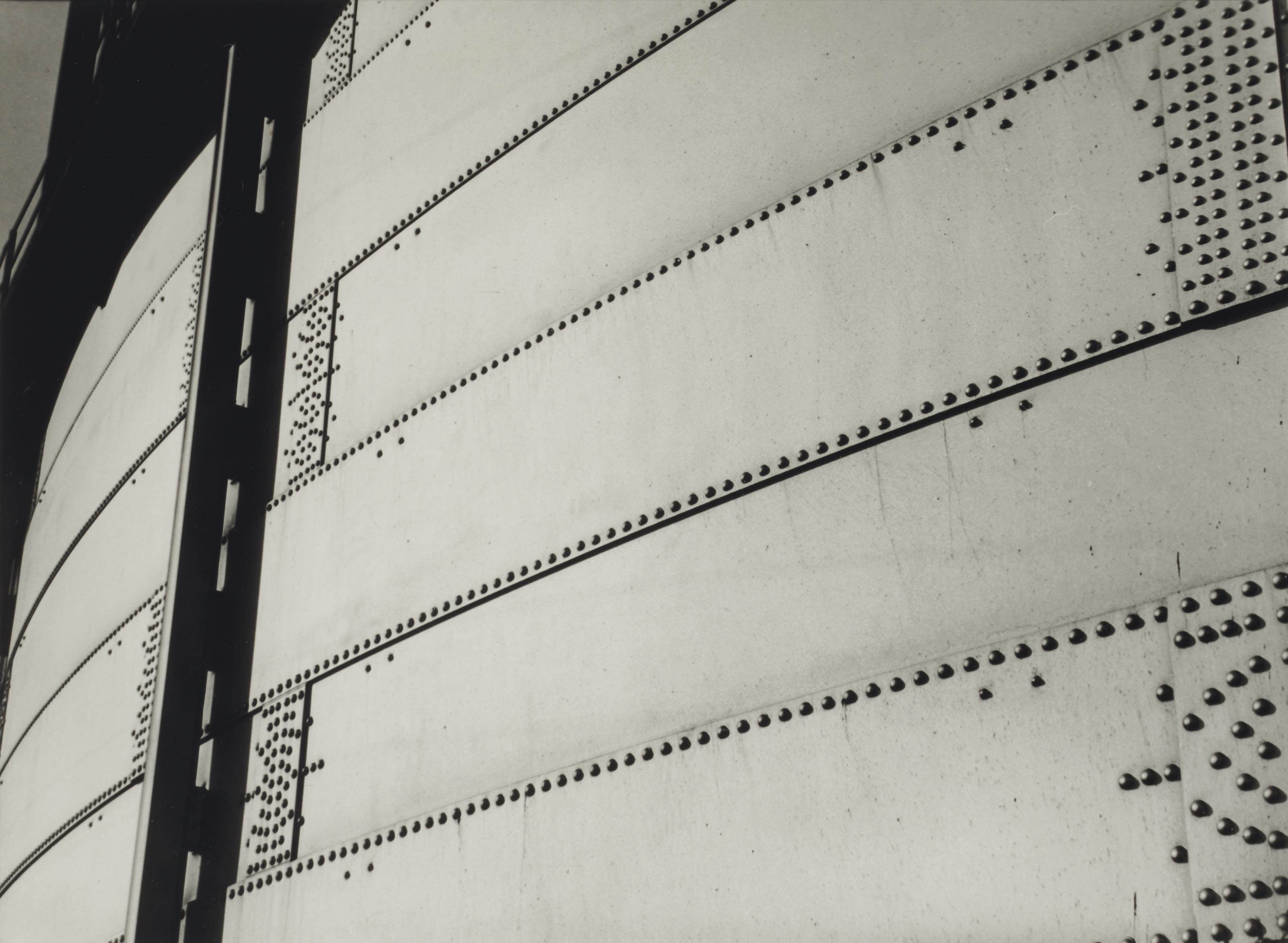Industrial abstractions, 1930-1933