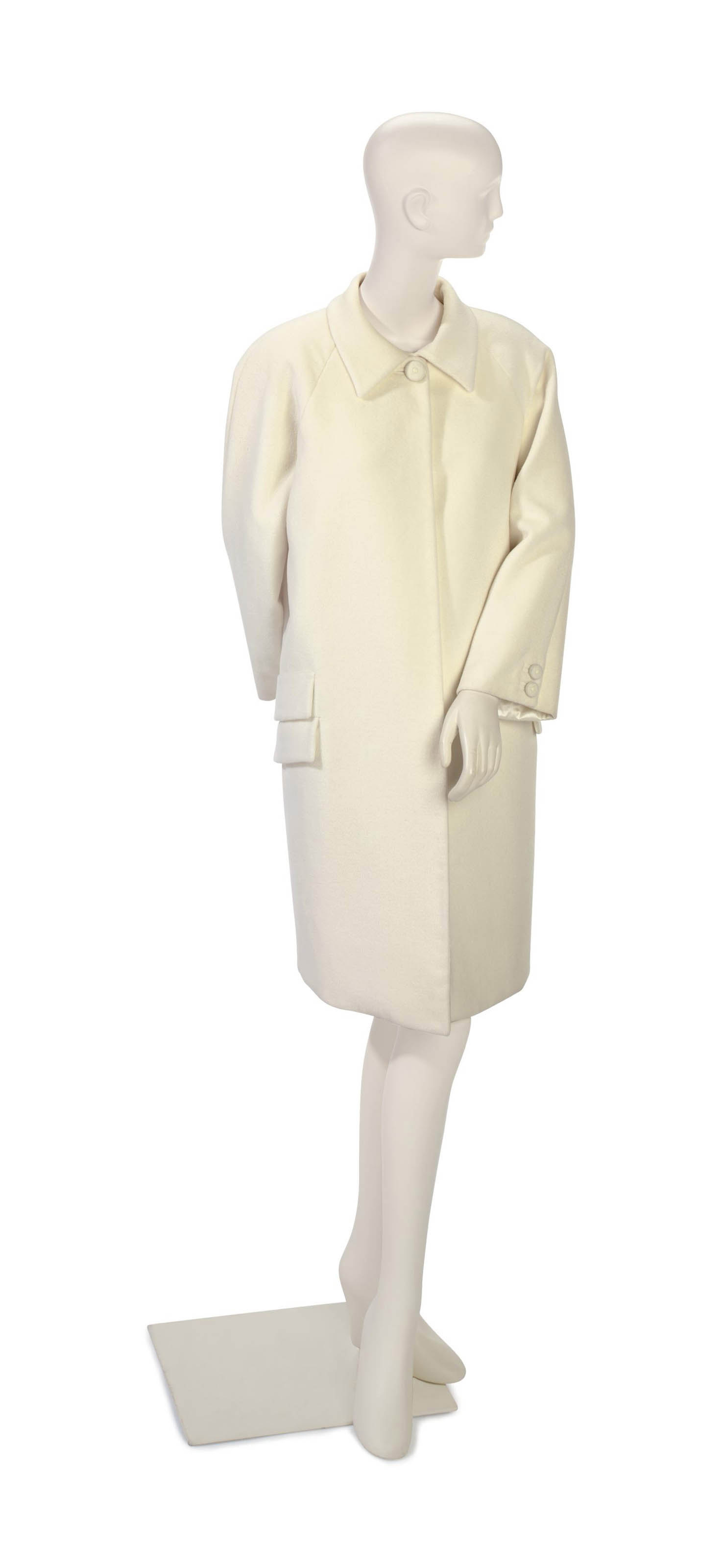 A VERSACE IVORY CASHMERE COAT