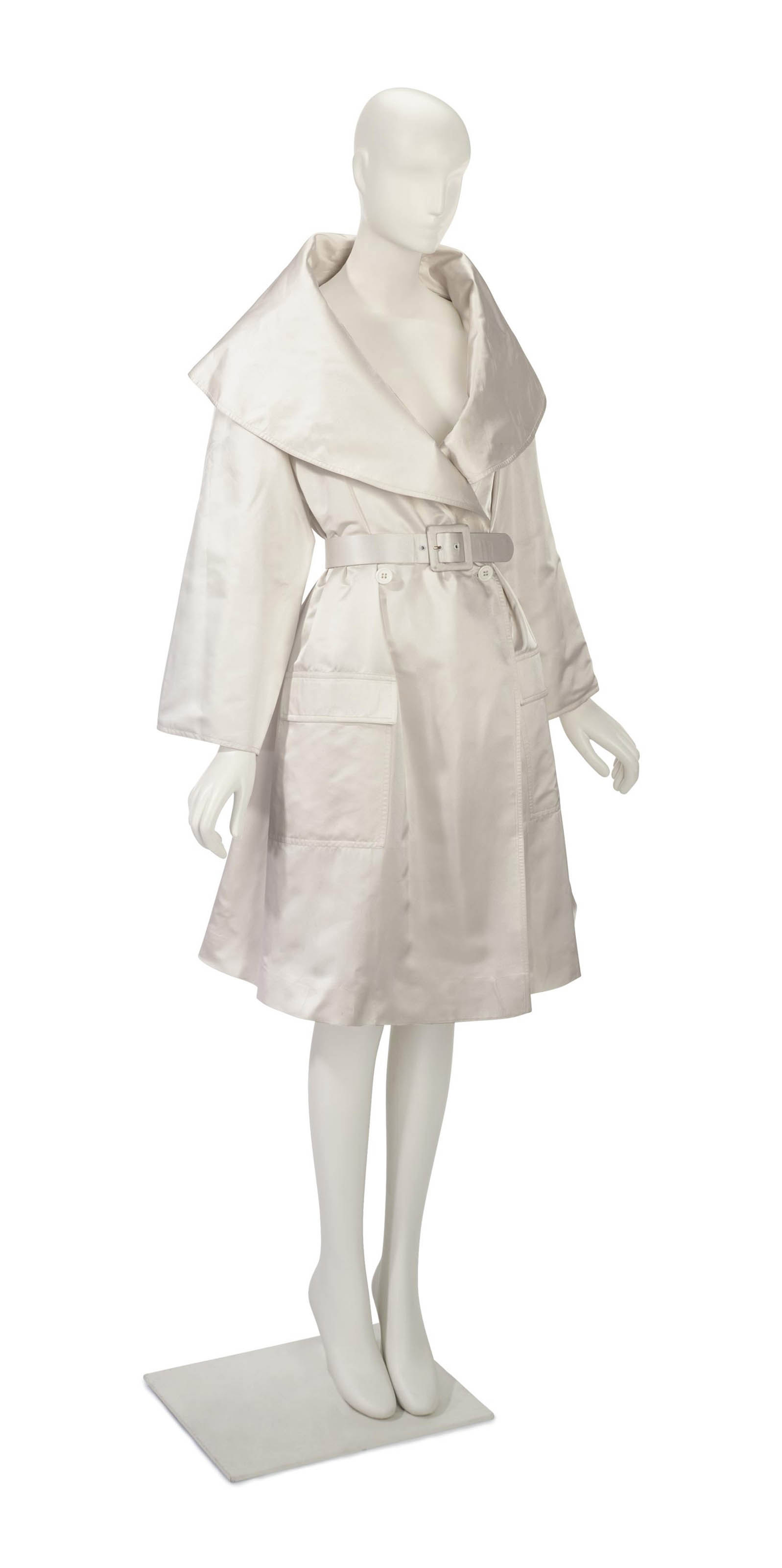 AN ELIZABETH EMANUEL WHITE SATEEN COAT