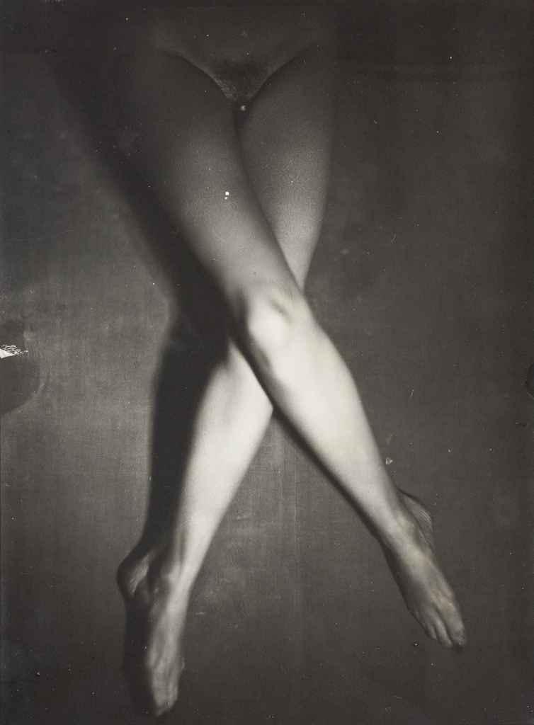 Les Jambes de Suzy Solidor, vers 1940