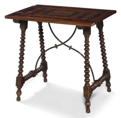TABLE DE STYLE BAROQUE