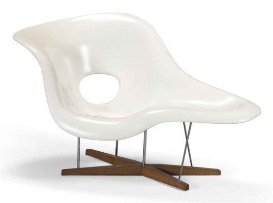 Charles et ray eames 1907 1978 et 1912 1988 39 la chaise for Chaises charles et ray eames