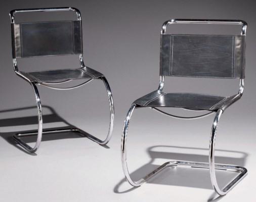Ludwig Mies Van Der Rohe (1886-1969) | Paire De Chaises 'Mr10', Le