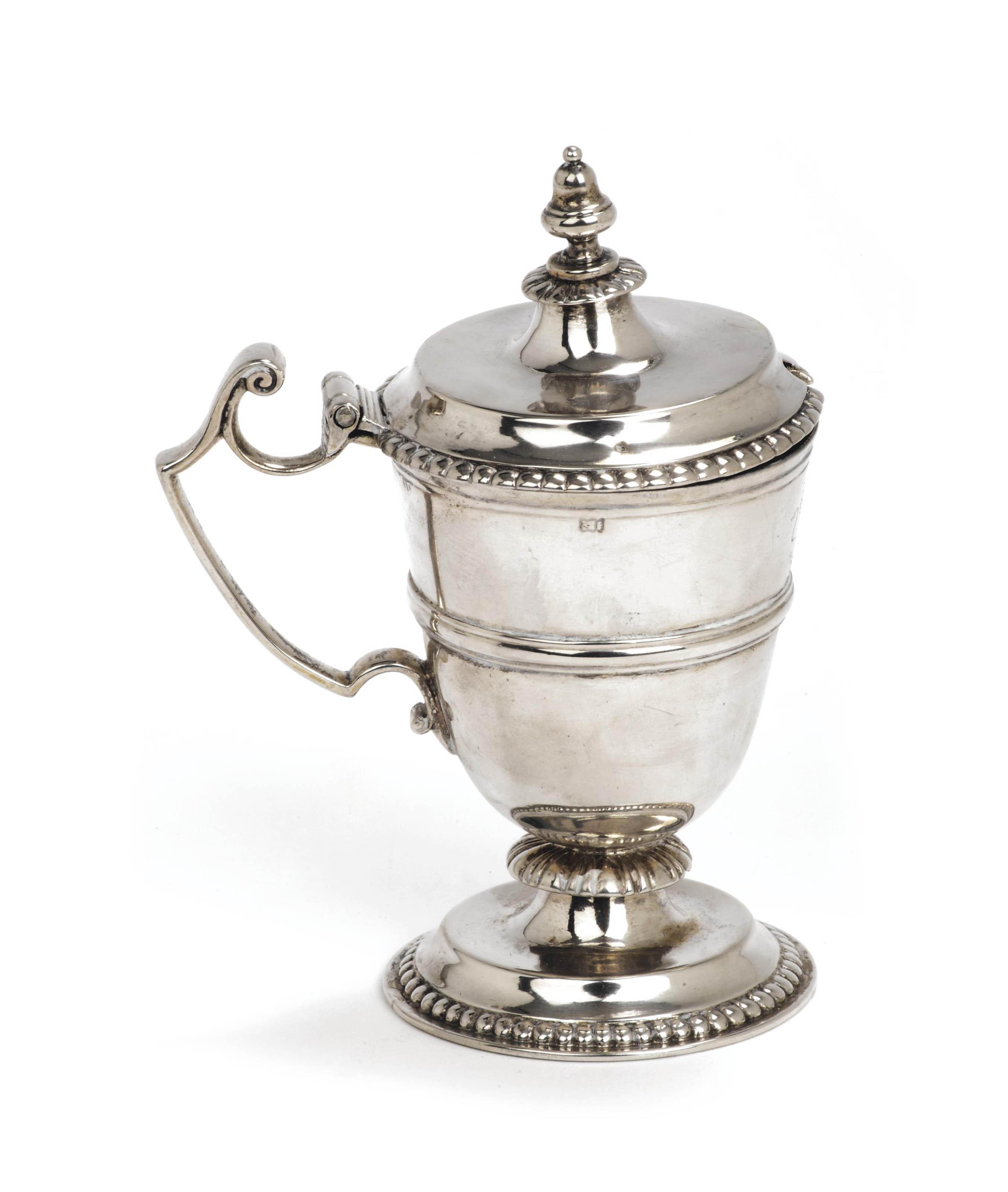 A Dutch silver mustard-pot