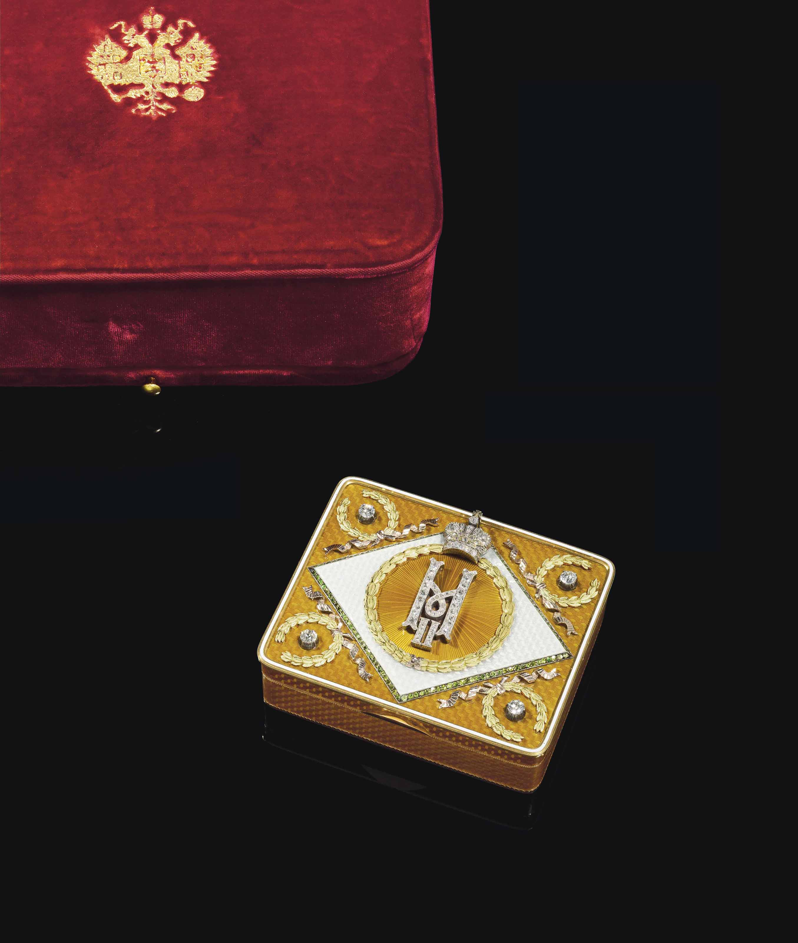 A JEWELLED TWO-COLOUR GOLD AND GUILLOCHÉ ENAMEL IMPERIAL PRESENTATION SNUFF-BOX