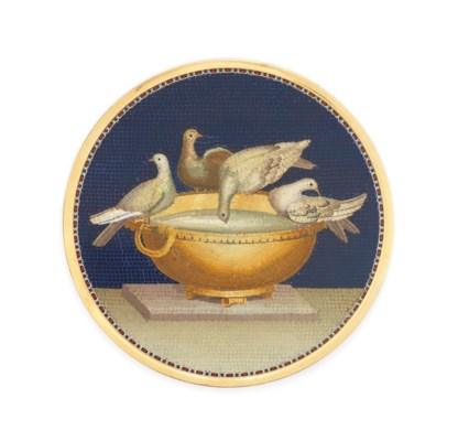 AN ITALIAN GOLD-MOUNTED MICROM