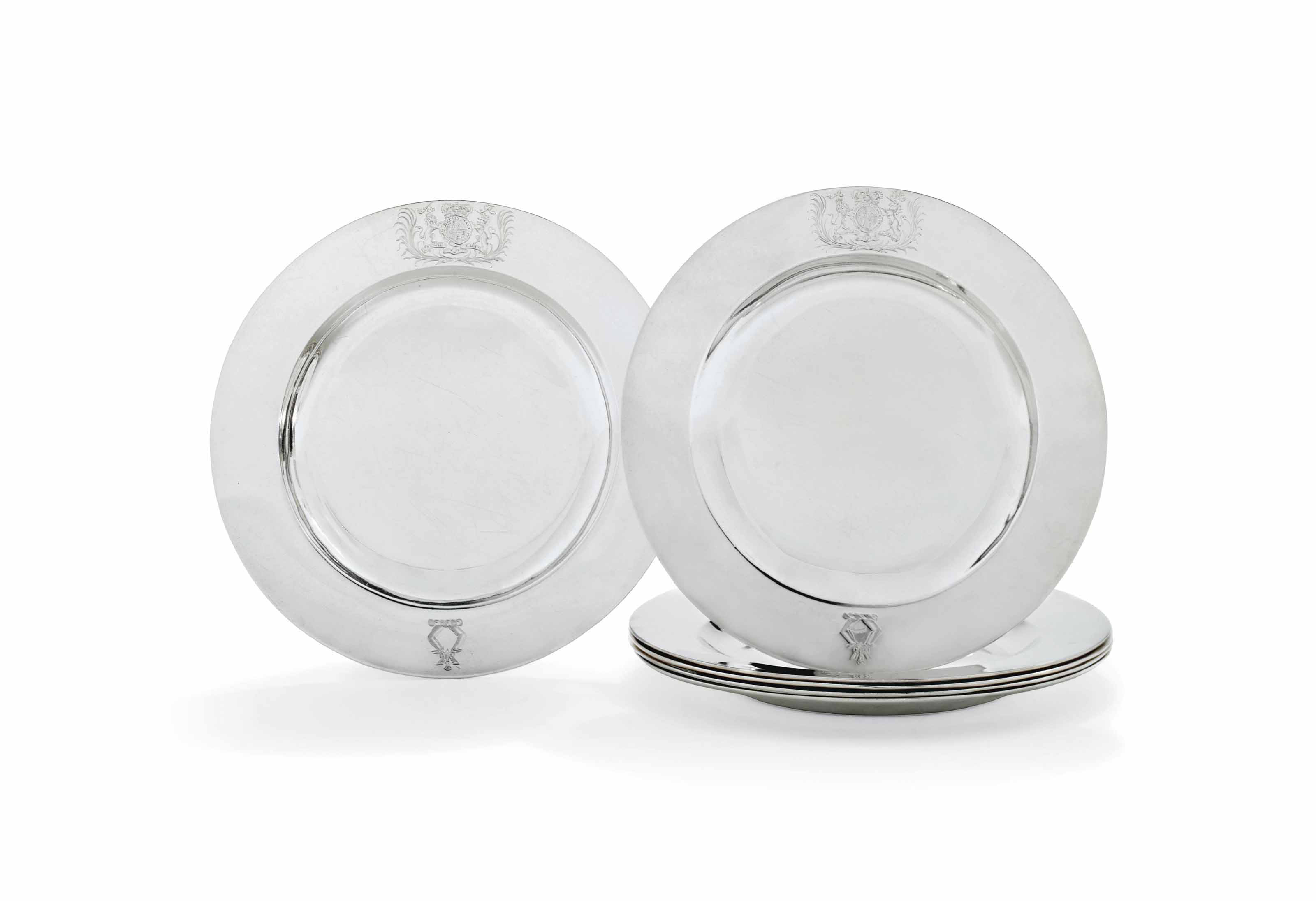 A SET OF SIX GEORGE I SILVER DINNER-PLATES FROM THE SMITH SERVICE