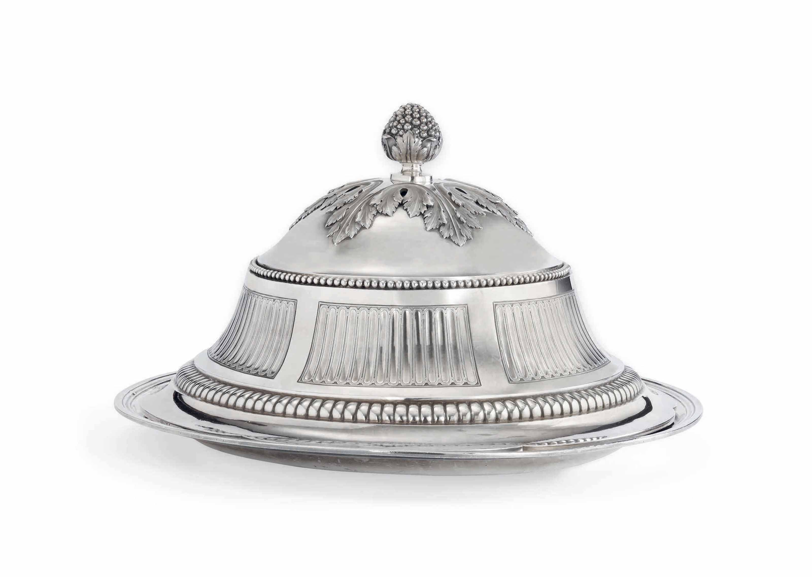 A LOUIS XVI SILVER DISH-COVER AND A RUSSIAN SILVER DISH