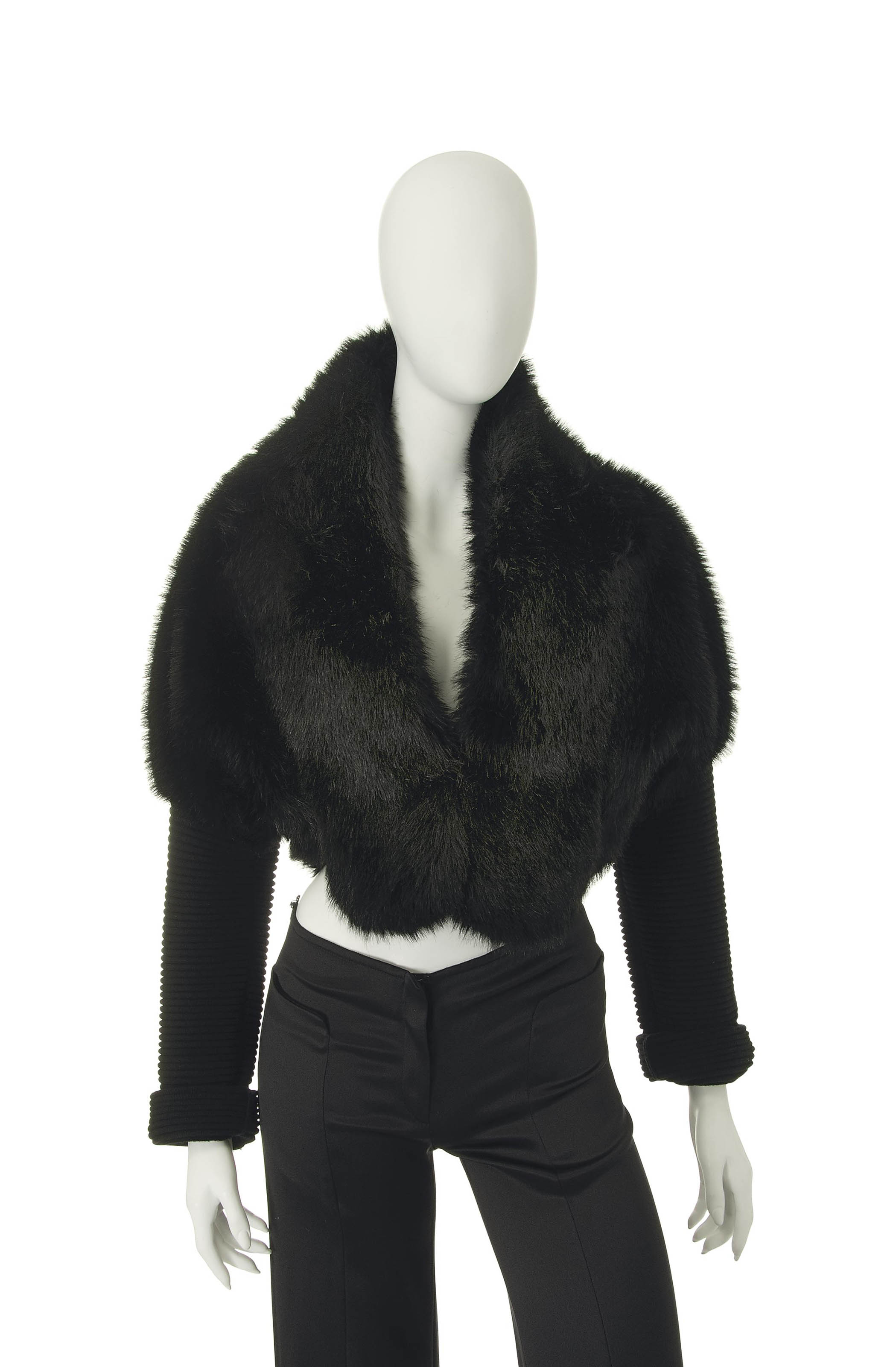 A CROPPED GLOSSY BLACK FAUX FUR JACKET