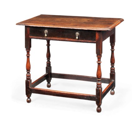 A GEORGE II OAK SIDE TABLE