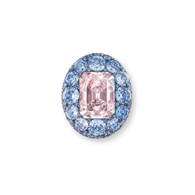 AN UNIQUE COLOURED DIAMOND, SA