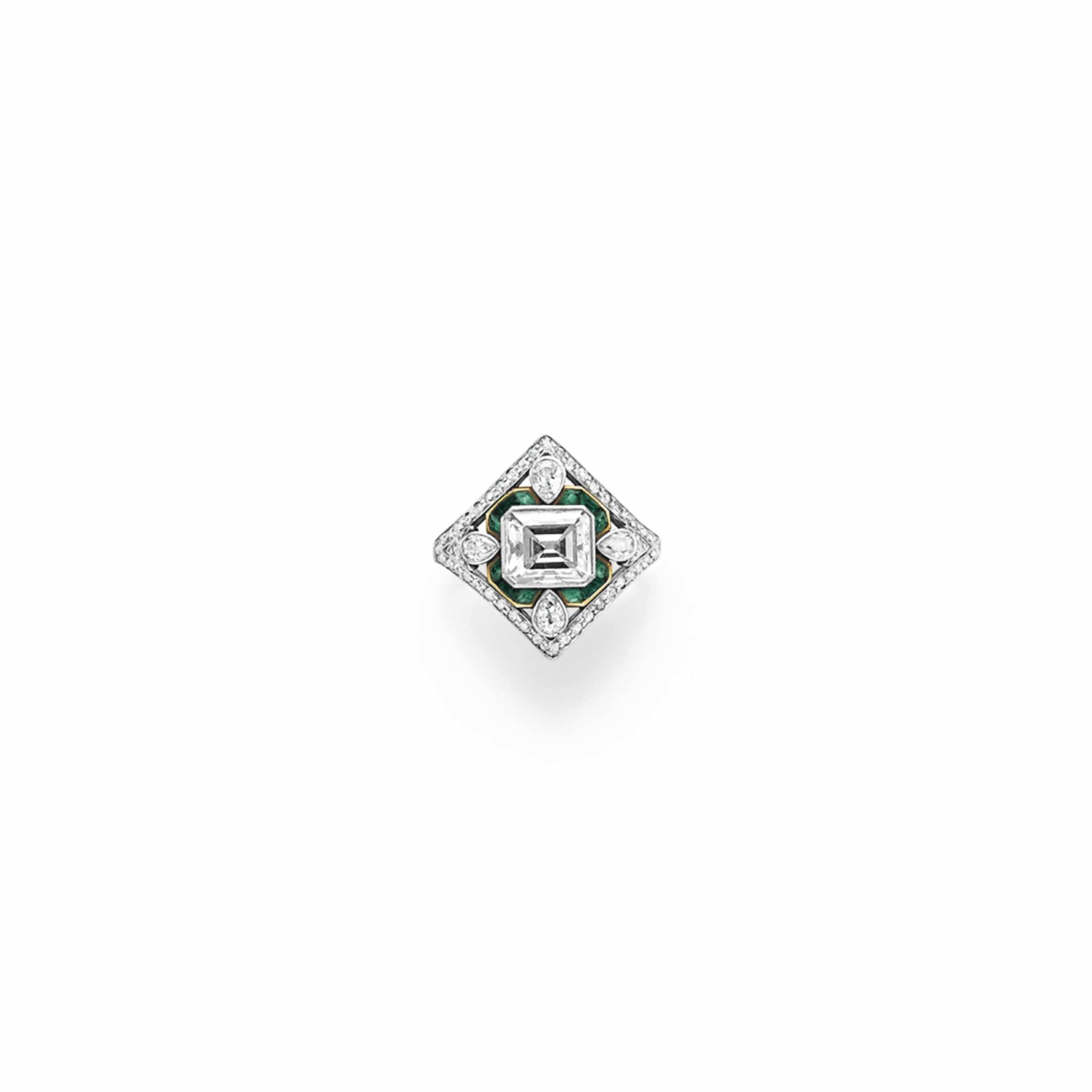 A BELLE ÉPOQUE DIAMOND AND EMERALD RING, BY MARCUS & CO.