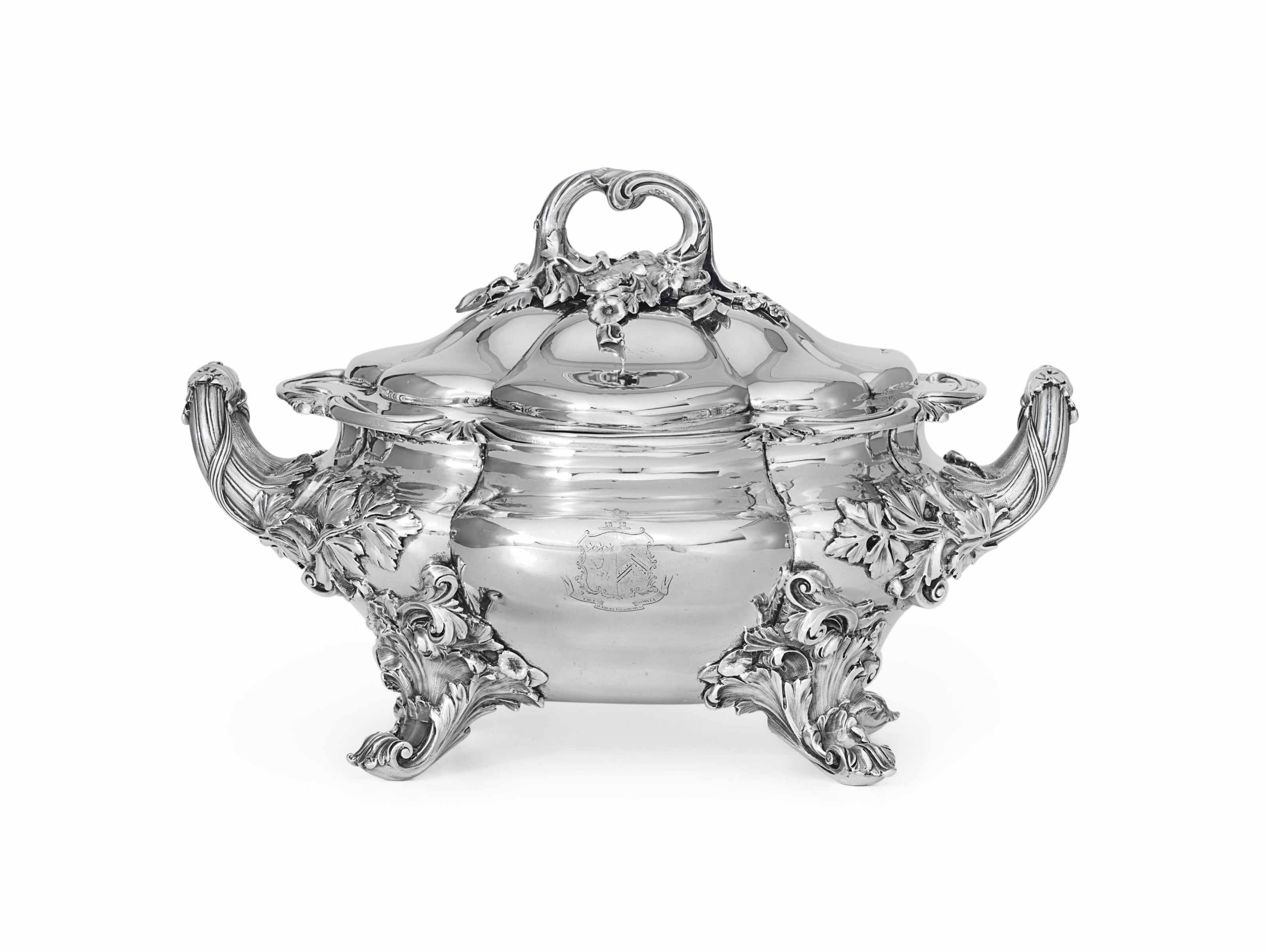 AN EARLY VICTORIAN SILVER SOUP TUREEN
