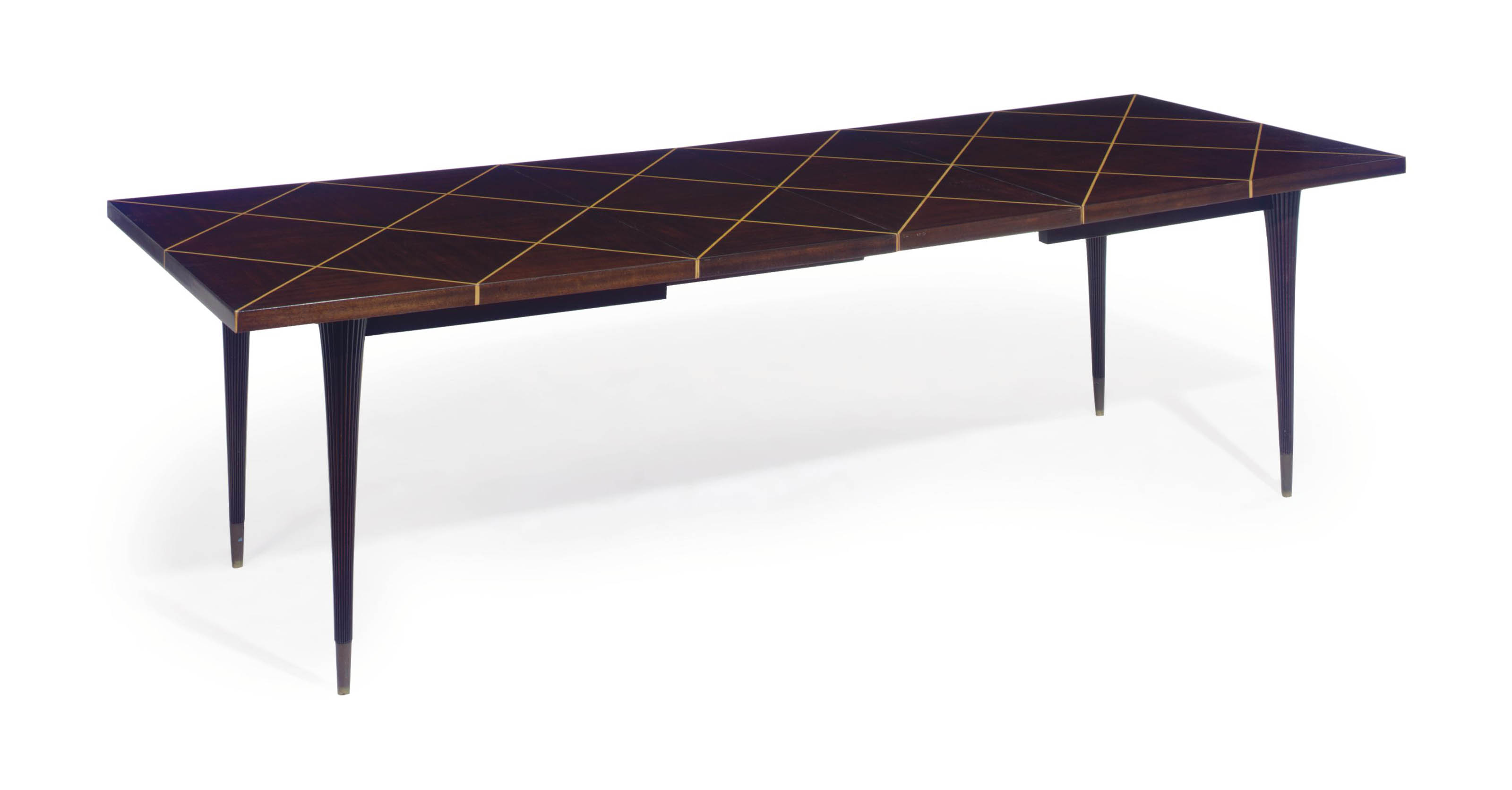 A MAPLE INLAID MAHOGANY EXTENSION DINING TABLE,