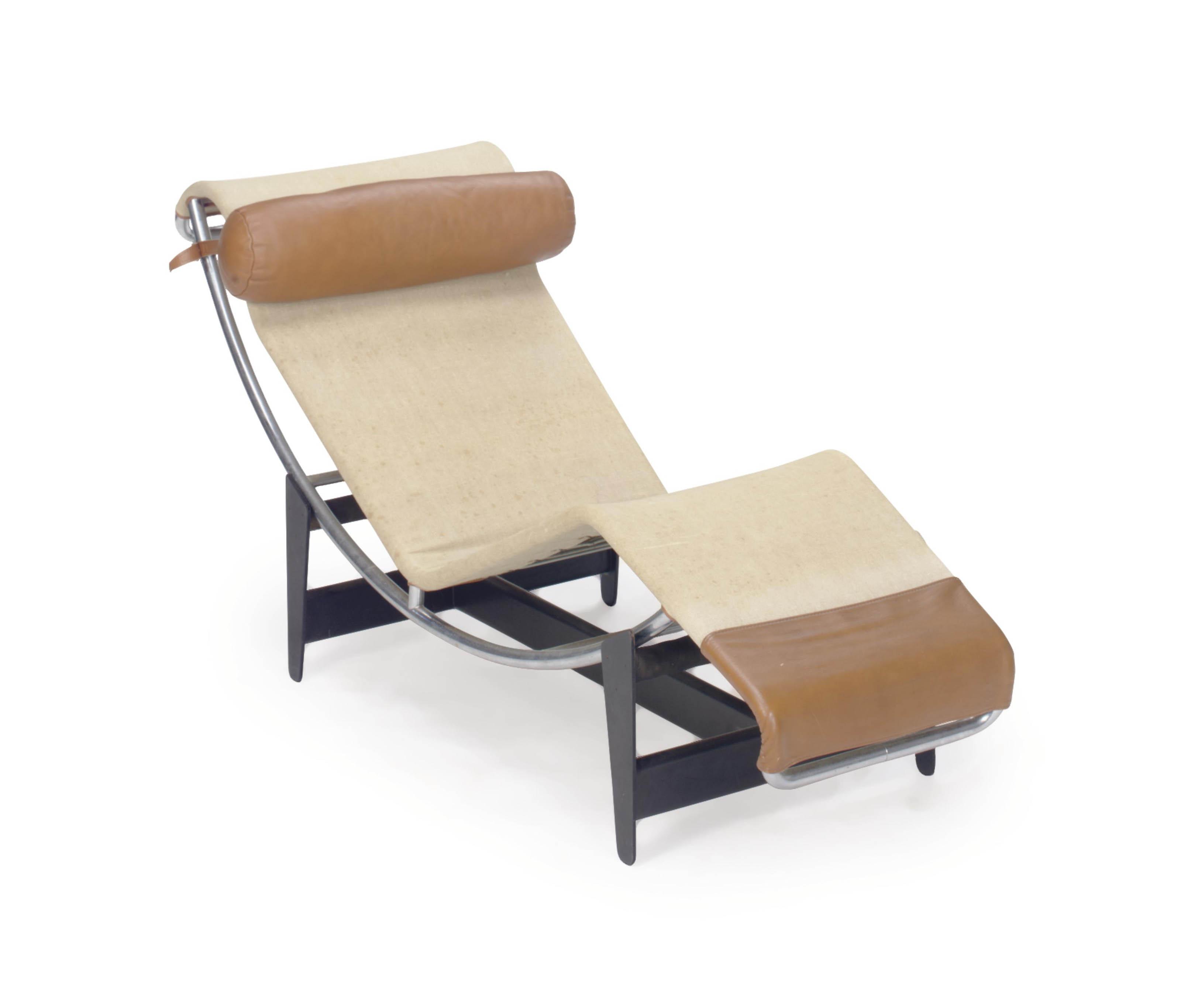 Longue chaise simple chaise bois exterieur chaise longue for Chaise simple