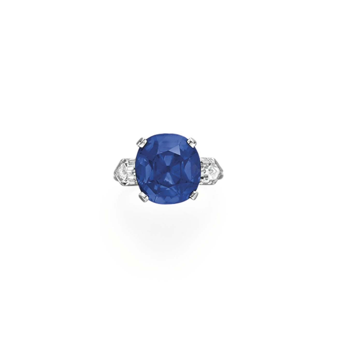 A FINE SAPPHIRE AND DIAMOND RING, BY TIFFANY & CO.