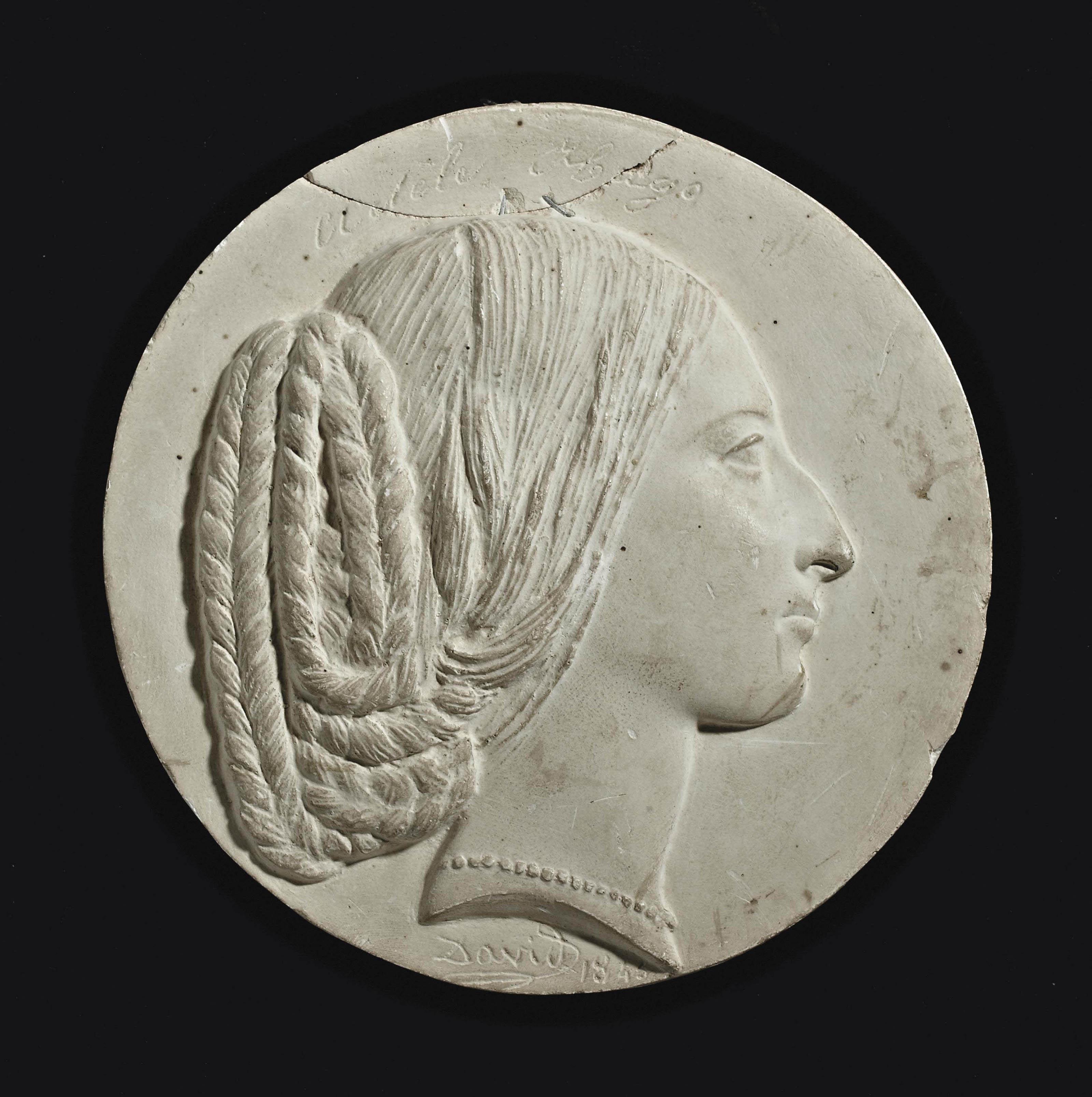 PORTRAIT EN PLATRE REPRESENTANT MLLE ADELE HUGO (1830-1915)