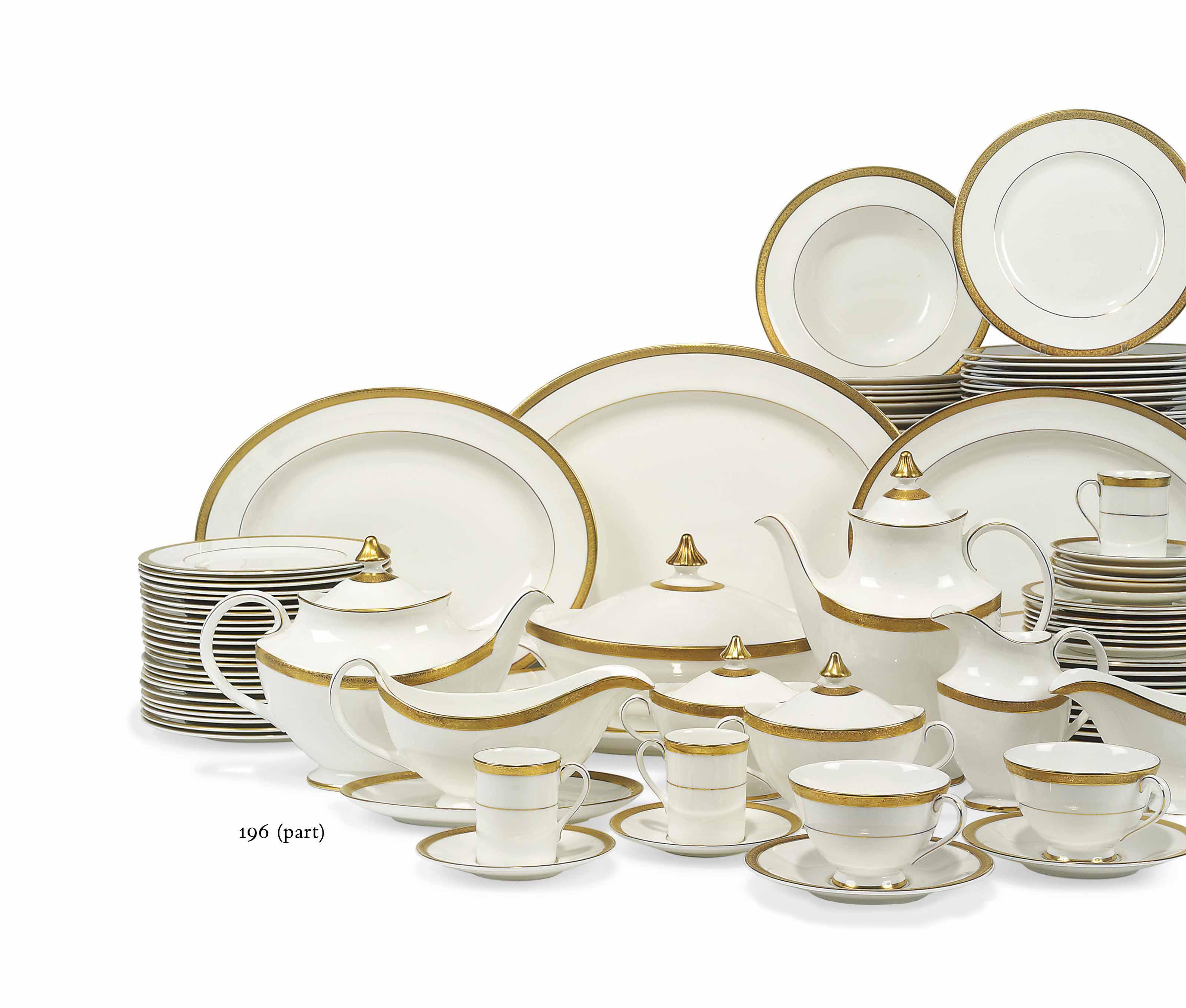 A ROYAL DOULTON 'ROYAL GOLD' PATTERN PART TABLE-SERVICE