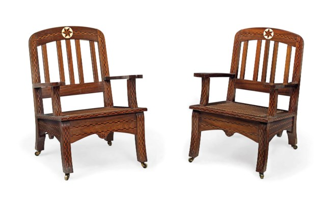 A PAIR OF INDIAN IVORY AND PAR